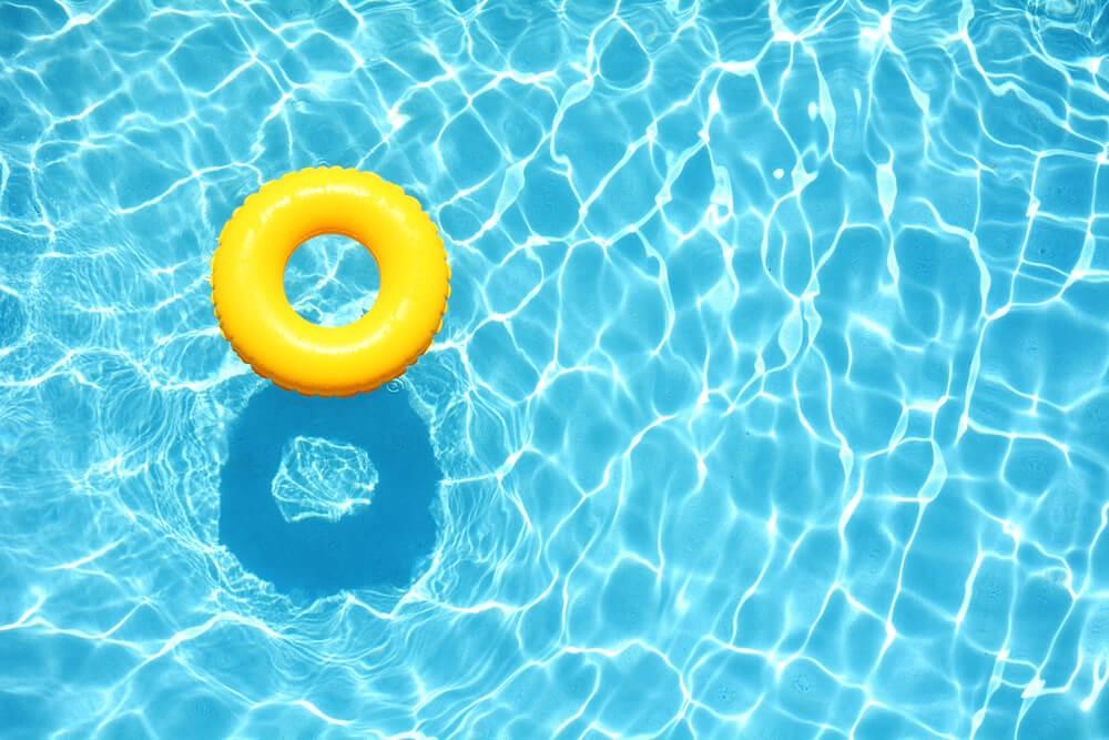 dicas para economizar a água da piscina
