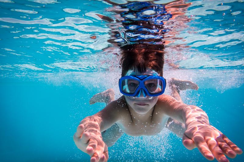 Hth dicas e solu es para o tratamento de piscinas for Cloro para piscinas