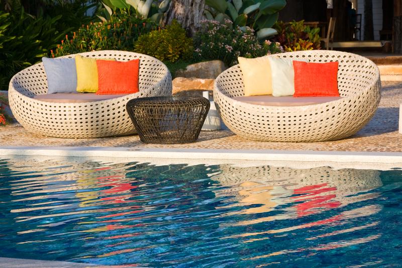Dicas de decoração para a área da piscina de sua casa