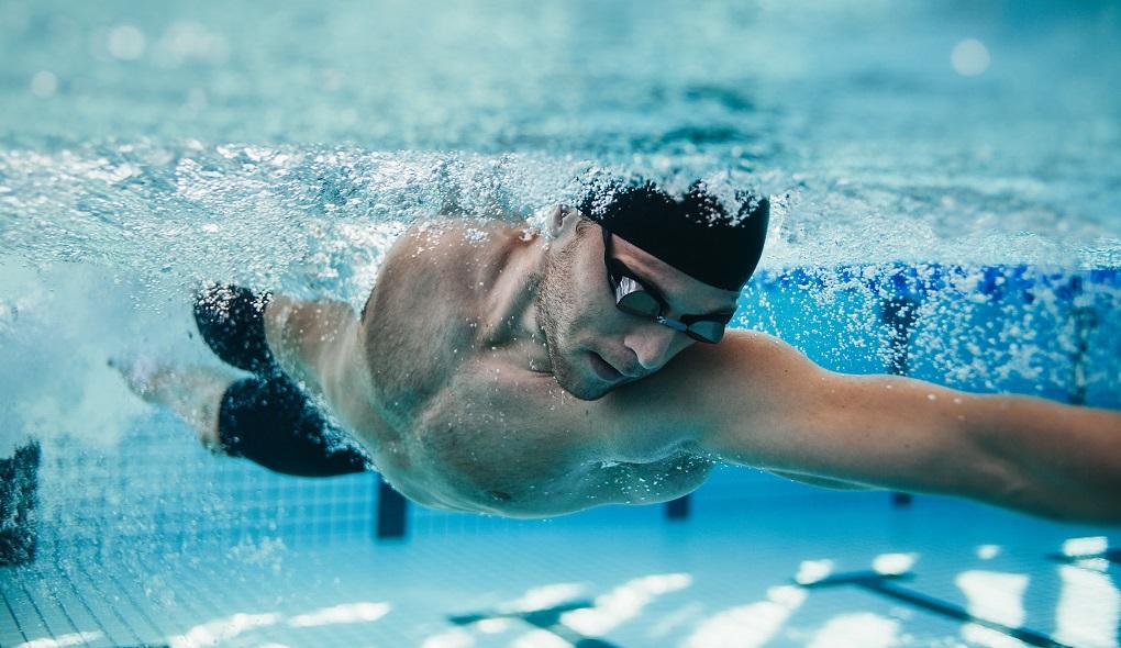 Como limpar piscina - hth