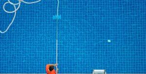 Saiba como aspirar sua piscina corretamente - hth