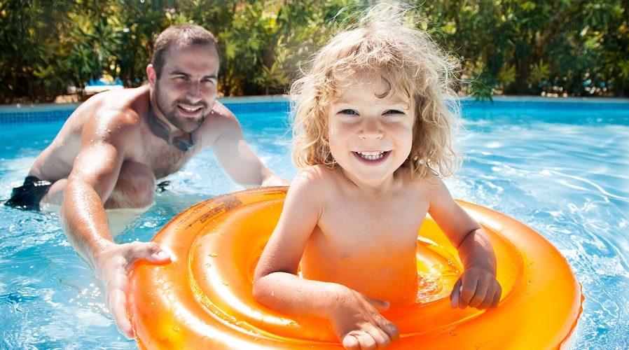 piscina verde saiba como prevenir e recuperar a agua hth